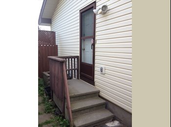 EasyRoommate CA - Newly Renovated All Inclusive Furnished Room Available Now In Ottawa South - Other Ottawa, Ottawa - $575 pcm