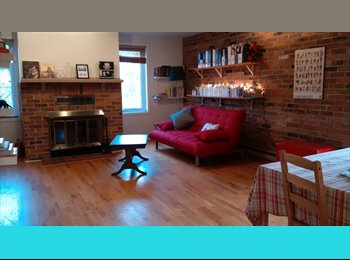 EasyRoommate CA - Room with private bathroom - Sandy Hill and the Byward Market, Ottawa - $860 pcm