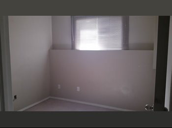 EasyRoommate CA - Roommate Wanted by NAIT (All Utitilies Included) - Central, Edmonton - $600 pcm