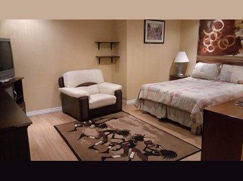 EasyRoommate CA - Quiet Spacious home, Toronto - $750 pcm