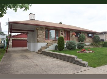 EasyRoommate CA - Room for rent in house - Laval, Laval - $500 pcm