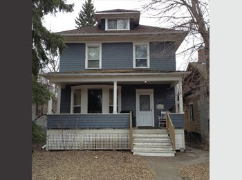 Whyte Ave Room For Rent $650/Mo