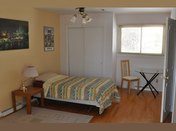 EasyRoommate CA - Maste bedroom in nice house for rent - Beaconsfield, Montréal - $450 pcm