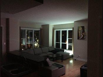 EasyRoommate CA - Garneau master bedroom Nov1. Half block from University hospital  - Central, Edmonton - $950 pcm