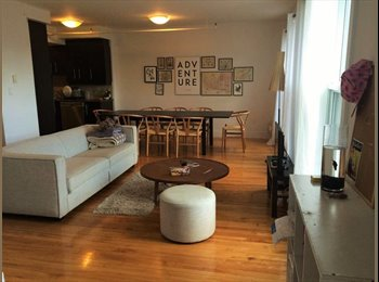 EasyRoommate CA - Student room in a cosy apartment located in one of Montreal's nicest neighborhood! - Le Plateau-Mont-Royal, Montréal - $739 pcm