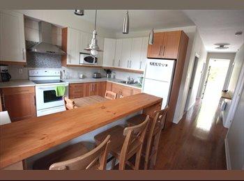 EasyRoommate CA - Beautiful renovated condo  - Villeray - Saint-Michel - Parc-Extension, Montréal - $600 pcm