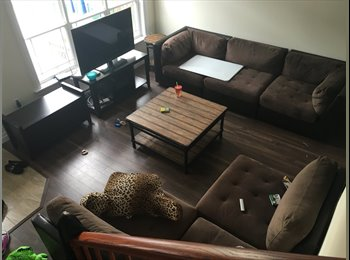 EasyRoommate CA - Room to rent in a townhouse  - Halifax Central, Halifax Area - $750 pcm