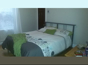 EasyRoommate CA - Nice & quiet appartment on The Plateau, Montréal - Le Plateau-Mont-Royal, Montréal - $1,400 pcm