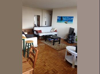 beautiful room in 2bdrm apartment near peason airport for...