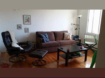 EasyRoommate CA - Chambre à louer dans un 5 1/2, ligne bleu  - Villeray - Saint-Michel - Parc-Extension, Montréal - $340 pcm