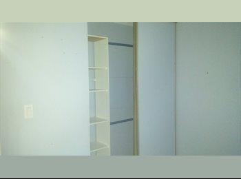 Dec 1st,Greenbank/Fallowfield, Share clean 3 bed home,All...