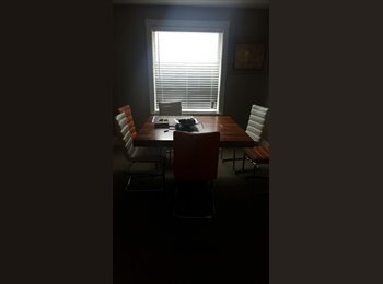 EasyRoommate CA - Awesome property Bayview and Sheppard - Bayview Village, Toronto - $1,000 pcm