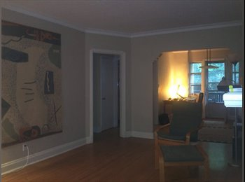EasyRoommate CA - Nice room in beautiful Lawrence Park area., Toronto - $680 pcm