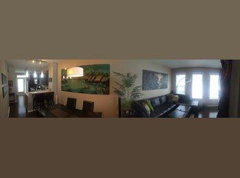 EasyRoommate CA - Aspen Woods Master Bedroom with Ensuite - Calgary, Calgary - $750 pcm