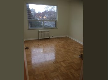 EasyRoommate CA - Nice Room For Rent - Yonge & Eglinton, Toronto - $800 pcm