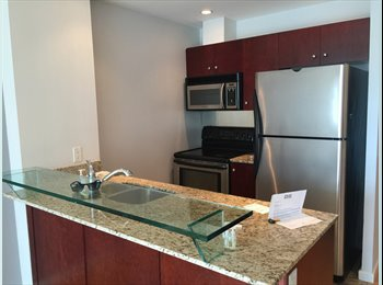 Luxury 2 Bed 2 Washroom Harbourfront Private Wash All...
