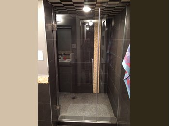 EasyRoommate CA - room for rent - West, Edmonton - $950 pcm