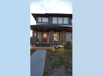EasyRoommate CA - Luxurious Windermere single bedroom home with garage parking, Edmonton - $750 pcm
