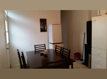 EasyRoommate CA - URGENT!!! FULLY FURNISHED ROOM-1min du metro JEAN TALON-ALL INCLUSIVE, Montréal - $475 pcm