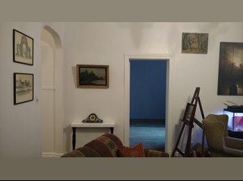 EasyRoommate CA - 7 1/2 1700p2 Avenue de l'esplanade Chambre double 15X21=315p2 Face au Mont-Royal, Montréal - $735 pcm