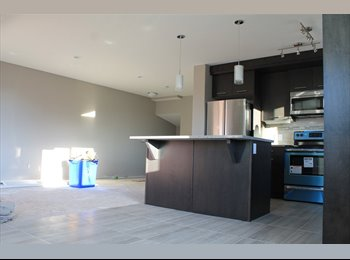 EasyRoommate CA - Upscale condo with available bedroom, Calgary - $575 pcm