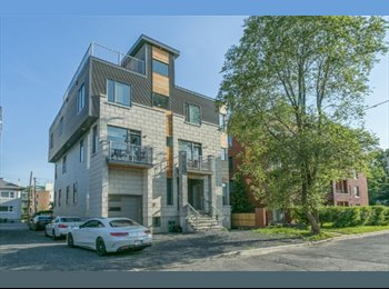 EasyRoommate CA - Wanted: Responsible housemate for luxury home, Ottawa - $700 pcm