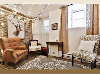 EasyRoommate CA - Chambre privée Centre Ville / Berri-Uqam, Montréal - $590 pcm