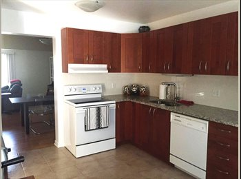 EasyRoommate CA - Available now! Large room in 3 bedroom home. ALL INCLUSIVE, Ottawa - $650 pcm