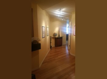 ROOMATE WANTED - 1 BED 1 BATH LUXURIOUS DOWNTOWN CALGARY...