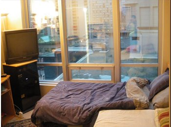 EasyRoommate CA - DOWNTOWN.condo,$950 super clean for FEMALE DEC 1 ,speak Japanese or English ok, Vancouver - $950 pcm