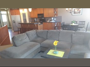 EasyRoommate CA - Spectacular Lower Level available to rent, Calgary - $800 pcm