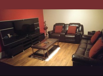 EasyRoommate CA - Furnished Pet friendly master bedroom and washroom, Calgary - $600 pcm