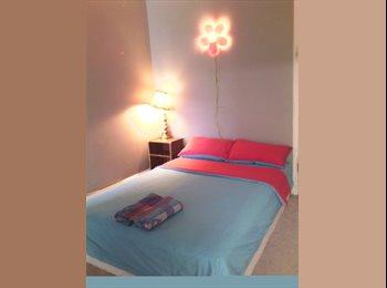 Room #3 Nearby Kensington Market