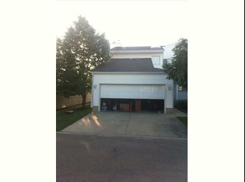 EasyRoommate CA - bedroom, bathroom, living space, laundry, parking included , Edmonton - $650 pcm