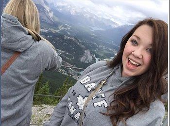 Katelyn - 18 - Student