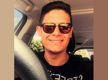 EasyRoommate CA - Lucas Ferreira - 22 - Getaway Country