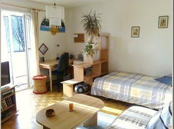 EasyWG CH - Chambre meublée avec salle de bains privée - Lausanne, Lausanne - 900 CHF / Mois