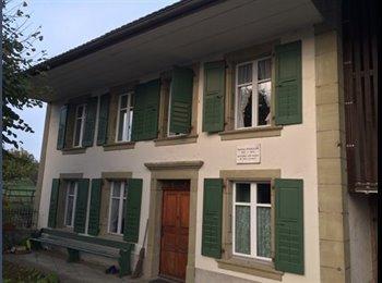 EasyWG CH - Chambre meublée à louer dans maison historique, Gros de Vaud - 850 CHF / Mois