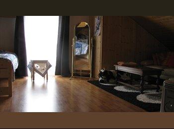 Grande et belle chambre meublée Vers chez les Blancs...