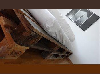 EasyWG CH - Sonnige 4.5-Zimmer-Wohnung sucht neuen Mitbewohner, ab 1. Mai, Zürich / Zurich - 1500 CHF / Mois