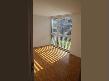 EasyWG CH - room with private bathroom to rent in a 130sqmflat - Zürich / Zurich, Zürich / Zurich - 1500 CHF / Mois