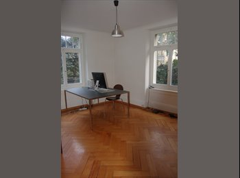 WG-Zimmer in grosszügiger 3.5 Altbau-Wohnung, ZH Kreis 8