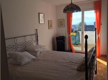 GRANDE CHAMBRE a Louer St-Prex  avec balcon Prive des...