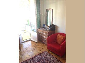 Chambre meublée pour fille Lausanne centre