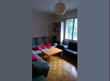 Chambre meublée idéalement située