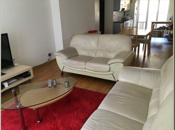 EasyWG CH - - 5.5 pieces/rooms in Plainpalais apartment, Genève - 2500 CHF / Mois