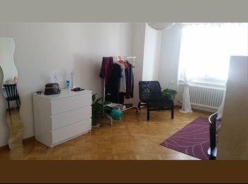 EasyWG CH - Chambre dans un 2p. sympa, Lausanne - 700 CHF / Mois