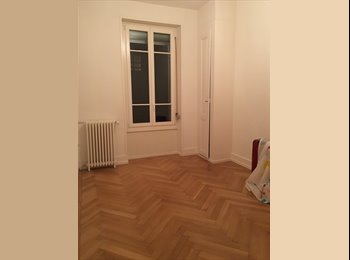 Unfurnished room to rent in a flatshare in Plainpalais