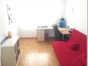 EasyWG CH - Chambre meublée / meubliertes Zimmer , Fribourg - 650 CHF / Mois