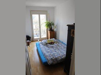 EasyWG CH - Chambre en colocation on plein centre ville de bienne/WG Zimmer in der Mitte von Biel, Switzerland - 450 CHF / Mois